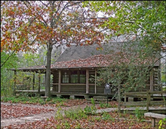Front of Moore Log House image. Click for full size.
