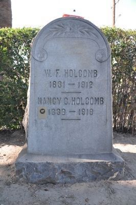 William F. Holcomb Headstone Photo, Click for full size