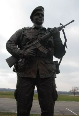 USAF Security Police Memorial Statue image. Click for full size.