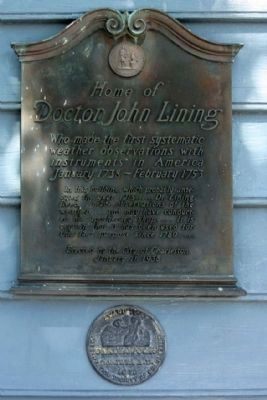 Home of Doctor John Lining Marker and The Carolopolis Award image. Click for full size.