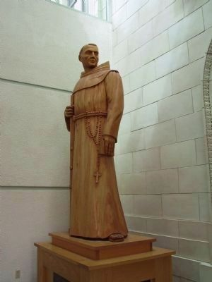 Mission Padre Statue image. Click for full size.