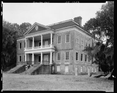 Drayton Hall image. Click for full size.