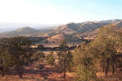 Freight Train on theTehachapi Loop Photo, Click for full size
