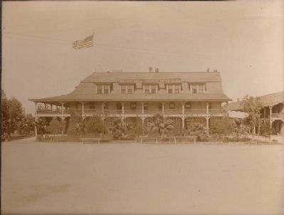 The Hotel Maywood image. Click for full size.