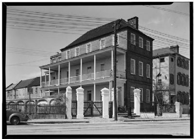 The Moses C. Levy House,Historic American Engineering Record, Habs SC,10-CHAR,33--1 image. Click for full size.