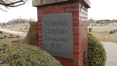 Riverside Cemetery image. Click for full size.