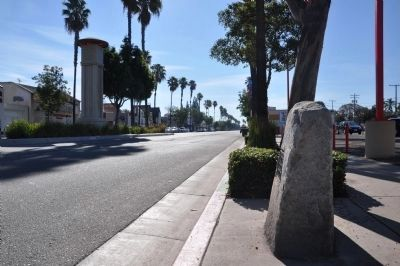 North Gate of City of Anaheim image. Click for full size.