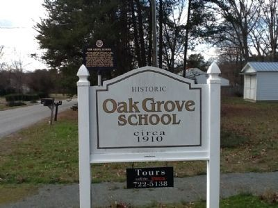 Oak Grove School Marker image. Click for full size.