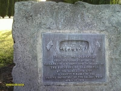 Native Sons & Daughters Dedication Plaque Photo, Click for full size