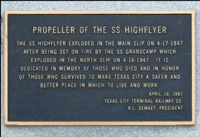 Propeller of the SS Highflyer Marker image. Click for full size.