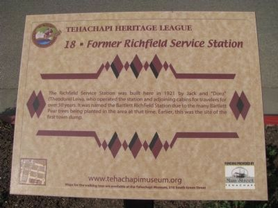 Former Richfield Service Station Marker image. Click for full size.