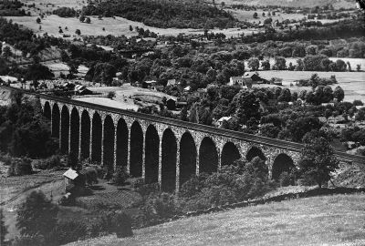 Starrucca Viaduct - Circa 1920 image. Click for full size.