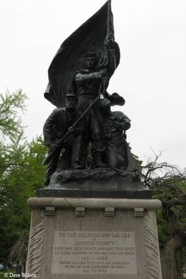 Soldiers' and Sailors' Monument image. Click for full size.