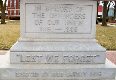 Civil War and Veterans Memorial image. Click for full size.