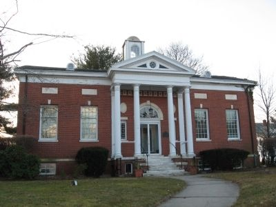 First Public Library Building in West Hartford image. Click for full size.