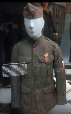 Uniform of a U.S. Naval Railway Petty Officer - <i>displayed in the nearby Museum of the U.S. Navy image. Click for full size.