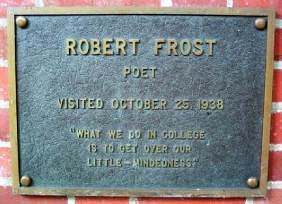 Ohio University's Robert Frost Marker image. Click for full size.
