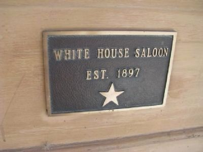 White House Saloon image. Click for full size.