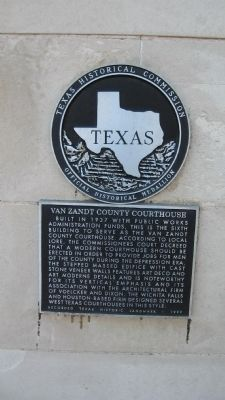Van Zandt County Courthouse Marker image. Click for full size.