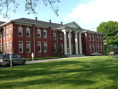 Oak Ridge Institute Alumni Building image. Click for full size.