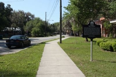 Micanopy Marker looking west along NE 1st Street image. Click for full size.