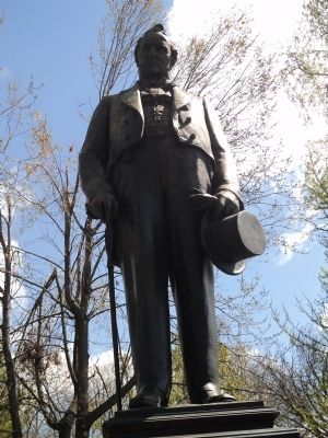 Closeup of James Buchanan Statue image. Click for full size.