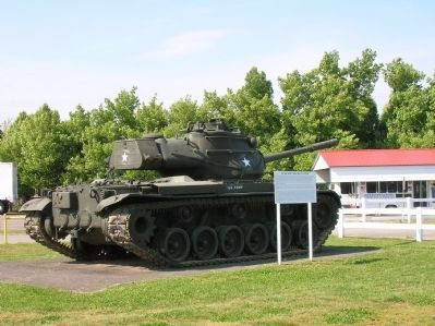 90 MM Gun Tank M47 Patton & Marker Photo, Click for full size
