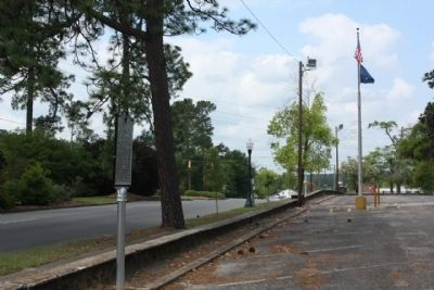 Aiken Hospital / Aiken County Hospital Marker looking west along Richland Ave. W (US 1, 78) image. Click for full size.