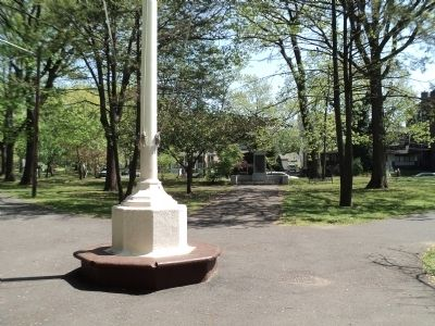 Marker in Bayonne Park image. Click for full size.