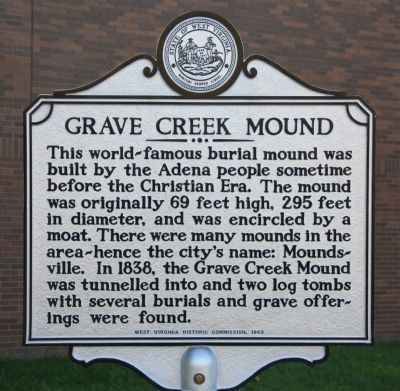 Grave Creek Mound Marker image. Click for full size.