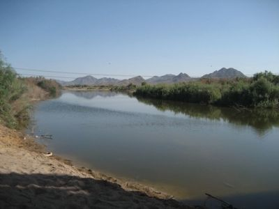 Gila River, south of the Gillespie Dam Bridge Photo, Click for full size