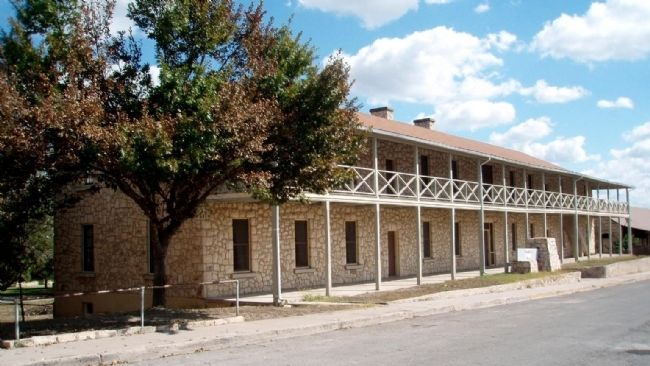 Fort Clark's New Cavalry Barracks image. Click for full size.