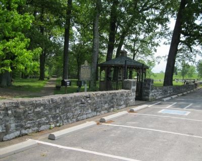Confederate Cemetery Wall and Marker image. Click for full size.