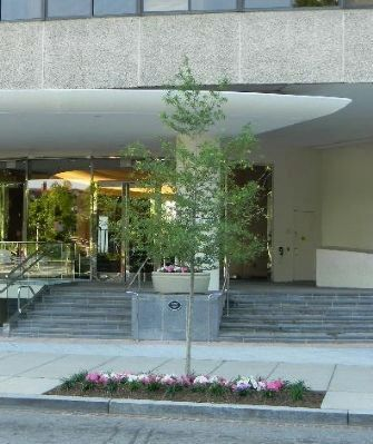 Watergate Office Building - entrance off New Hampshire Ave. NW image. Click for full size.