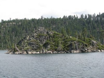 Fannette Island Photo, Click for full size