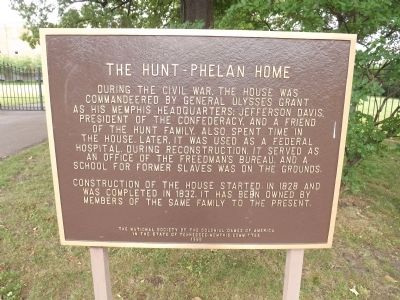 The Hunt-Phelan Home Marker image. Click for full size.