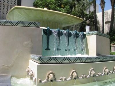 Burbank City Hall Fountain image. Click for full size.