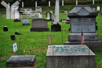 Frederick Douglass Grave Site image. Click for full size.