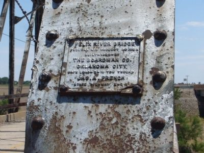 Plaque on north side of bridge image. Click for full size.
