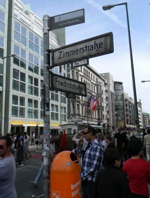 Checkpoint Charlie Site - Friedrichstra�e and Zimmerstra�e image. Click for full size.