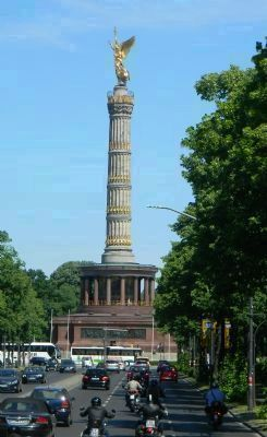 German Victory Monument in Tiergarten Park image. Click for full size.