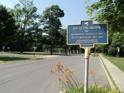 Gov. Glynn Square Marker Photo, Click for full size