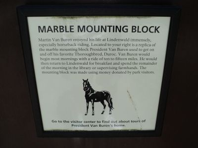 Marble Mounting Block Marker Photo, Click for full size