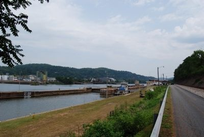 Monongahela River Lock & Dam #3 Photo, Click for full size