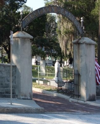 Oaklawn Cemetery , Harrison Street entrance image. Click for full size.