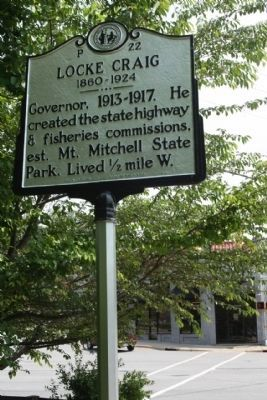 Locke Craig Marker at the intersection of Chestnut Street and Broadway Street Photo, Click for full size