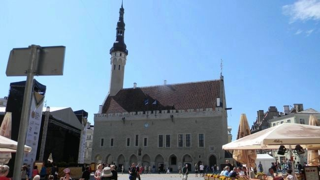 Tallinn Town Hall - <i>Anno 1404</i> image. Click for full size.