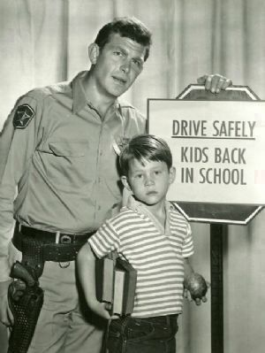 Andy Griffith and Ron Howard<br>as Andy and Opie Taylor Photo, Click for full size
