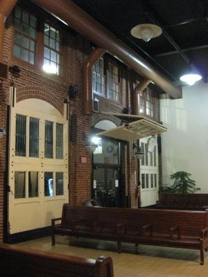 Amtrak's Kemper Street Station Interior Photo, Click for full size