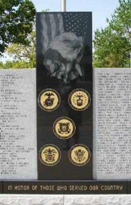 Veterans Memorial Detail Photo, Click for full size